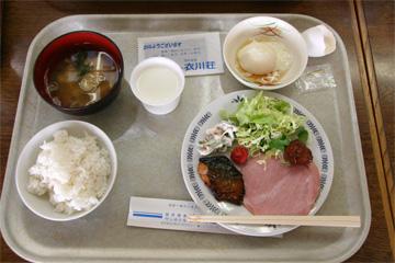 衣川荘の朝食(バイキング)です。