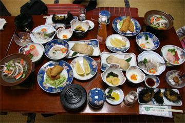 千葉水産の夕食です。